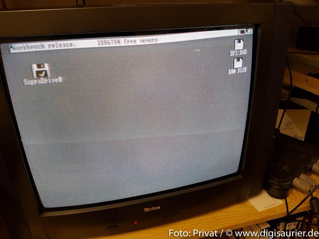 """Df1:BAD: ein Anblick, der einem Amiga-Nutzer - neben der berüchtigten """"Guru Meditation"""" - kalte Schauer über den Rücken jagt."""