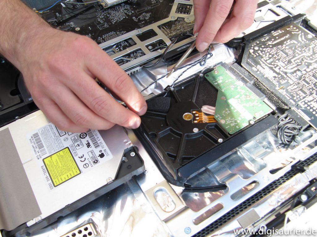 Umbau: die letzte große Aktion war das Wechseln der Festplatte in meinem vorletzten iMac