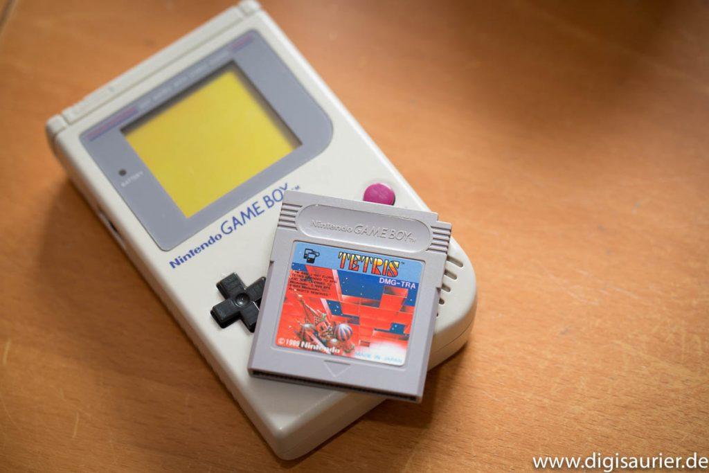 Antik: Diesen Gameboy habe ich mir 1989 zu meiner Zeit bei Powerplay gekauft. Und Tetris gleich dazu.