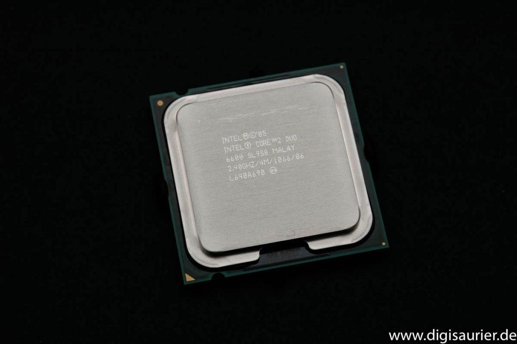 Ein Intel Core 2 Duo von 2005. War damals schon ziemlich flott.
