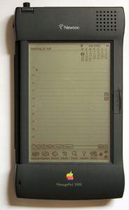 Ein Apple Newton Messagepad - geliebt & gehasst (Foto: Wikimedia)