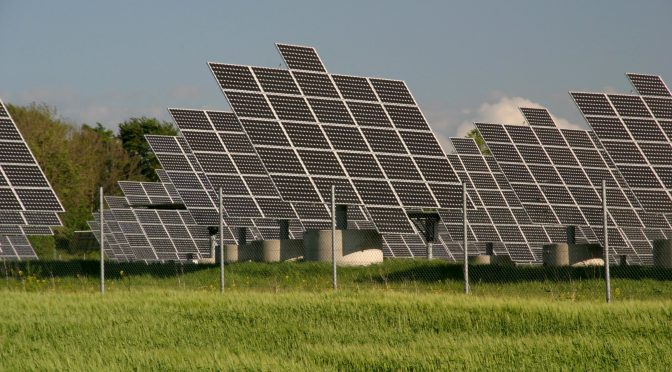 Vorbildliche Solaranlage (Foto: Wikimedia)