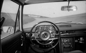 """Continental schickte das erste autonom fahrende Auto bereits 1968 auf sein """"Contidrom""""."""