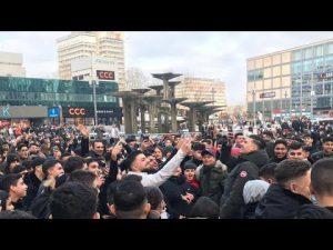 Youtuber-Krieg am Alexanderplatz