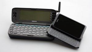 Nokia 9000 - PDA und Handy wachsen zusammen