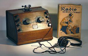 Zu den ersten Rundfunkempfängern gehörte ein Kopfhörer (Foto:  technikum29)