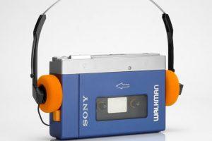 Original-Sony-Walkman mit einem Bügel des Grauens (Foto: Sony)