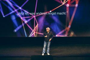 Tobias Groten auf der Bühne, April 2019 (Foto: Facebook, Profil TG)