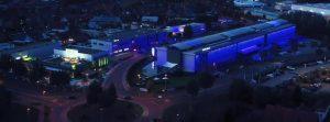 Der Tobit-Campus bei Nacht (Foto: Tobit)