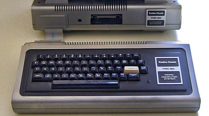 Der legendäre Tandy TRS-80 (Foto via Wikimedia; siehe Bildnachweis unten)