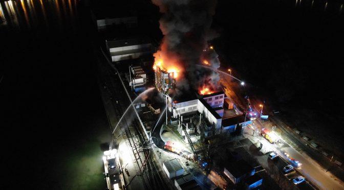 Der Großbrand des OVH-Datacenters am 10. März 2021 (Foto: Sapeurs-Pompiers du Bas-Rhin)