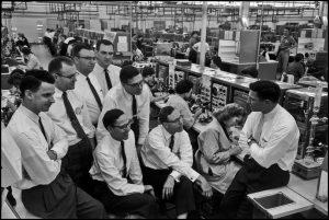 Die Fairchild Eight - Bob Noyce ganz rechts (Foto:  © Wayne Miller/Magnum Photos)